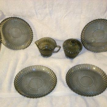 Smoky gray depression glassware - Glassware