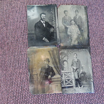 4 Old Tintype Photographs,Anybody Recognize This Group - Photographs
