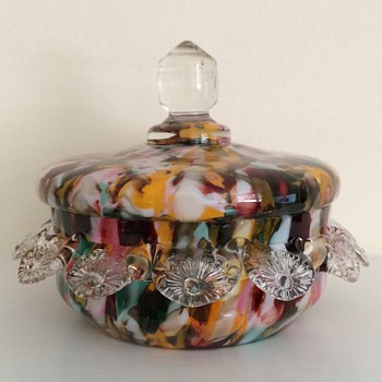 Franz Welz covered bowl with crimps and plain finial