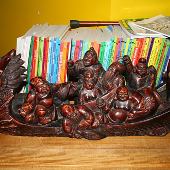 7 Lucky Gods on Dragon Boat - Asian