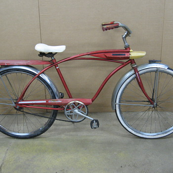 Huffy Eldorado tank bicycle. - Sporting Goods