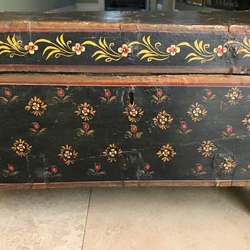 Asian Painted Box - Asian