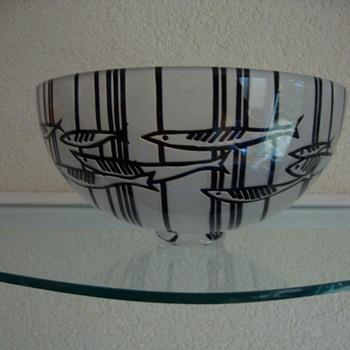 cameo cut (fish)bowl by sara bowler uk - Art Glass