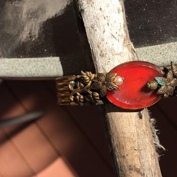 Bracelet info? - Costume Jewelry