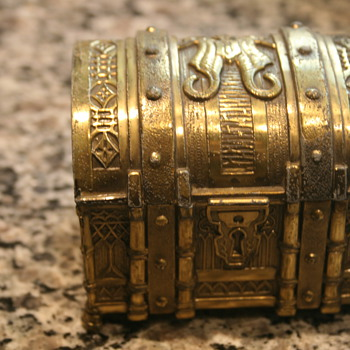 Gold Japanese Trunk