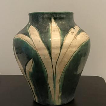 Awaji vase - Pottery