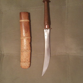 Knife with wooden sheath......14 inch blade.....very unusual.... - Asian