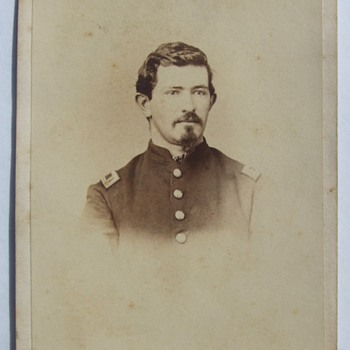"""Pennsylvania """"Bucktail"""" Civil War officer CDV"""