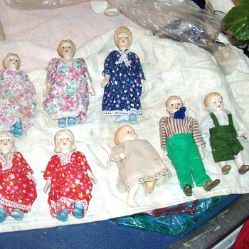 VERY OLD DOLLS - Dolls