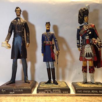 I.H.Arthur Figures - Figurines