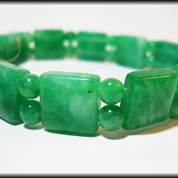 Green Stone Bracelet ( Bangle ) - Fine Jewelry