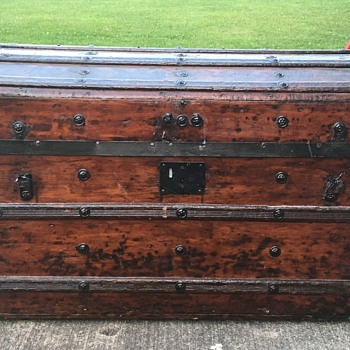 My Second Family Trunk - Furniture