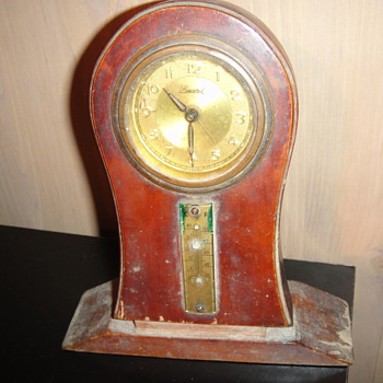 My grandma German Record Clock - Clocks