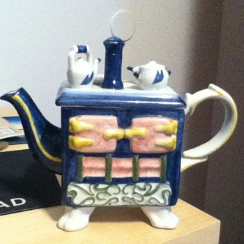 Andrea by Sadek tea pot? Rare or hard to find?  - Pottery