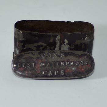 Rare, Civil war era percussion cap tin - Military and Wartime