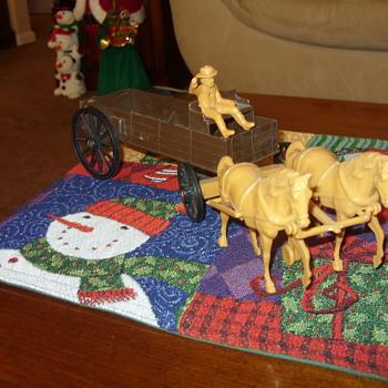 plastic buckboard wagon and horses