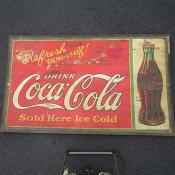 c1927 RARE COCA COLA CARDBOARD SIGN WITH METAL BAND MCA SIGN CO MASSILLON OHIO - Coca-Cola