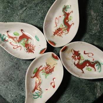 4 old porcelain spoons - Chinese - 1950s - with dragons! - Asian