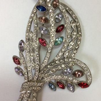 Vintage Art Deco Brooch Find At Goodwill - Costume Jewelry