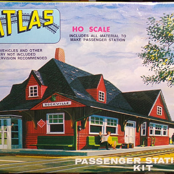 1960s Railroad Model Buildings - Model Trains