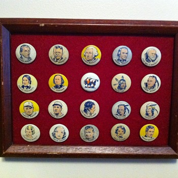 Cracker Jack Pinback premiums - Medals Pins and Badges