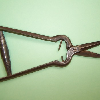 Antique inlay shears? - Tools and Hardware