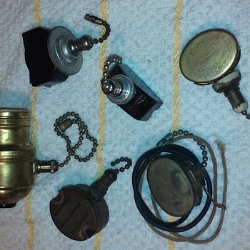 a handful of old LEVOLIER (+1) pull-chain electrical switches  - Electronics