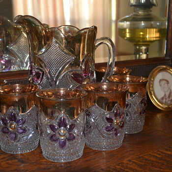 Water pitcher and six glasses - Glassware