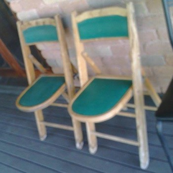 Vintage Card/poker fold up chairs???? - Furniture