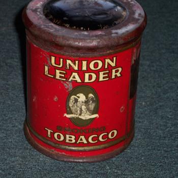 UNION LEADER TOBACCO TIN  - Tobacciana