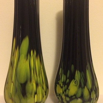 Black (amethyst) tango solifleurs - David Loebl - Art Glass