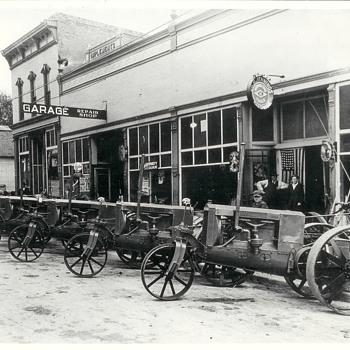 Wallis Tractors   Golden Bear    1914 Grant City, Mo.