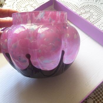 ART GLASS NOUVEAU,  CHOSLOVAKI( SPELLING ON BOTTOM) FAV OF MINE! - Art Glass