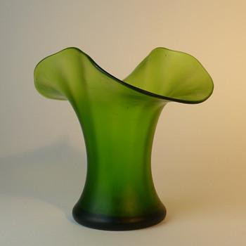 Art Nouveau green vase - Art Nouveau