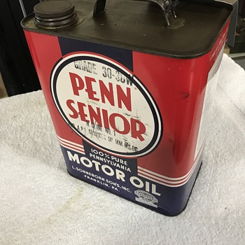 Penn Senior oil  2  gallon can  - Petroliana