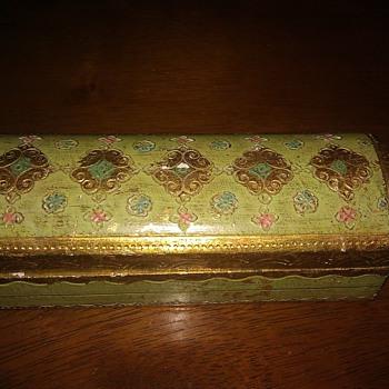 My pretty vintage trinket box from Italy - Fine Jewelry