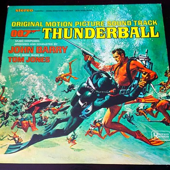 JAMES BOND SEAN CONNERY THUNDERBALL Original Motion Picture Sound Track Vinyl Record - Movies
