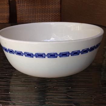 Carr china Norfolk pattern large serving bowl