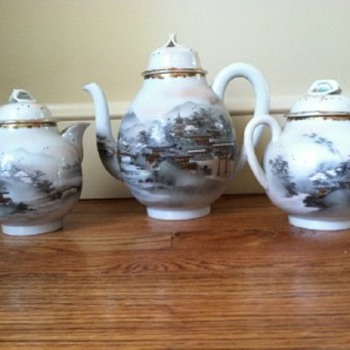 asian teapots - China and Dinnerware