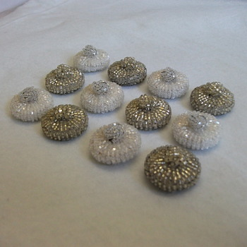 1950's Italian Bead Buttons  - Sewing
