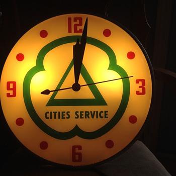 clocks from iowa gas show,last week - Advertising