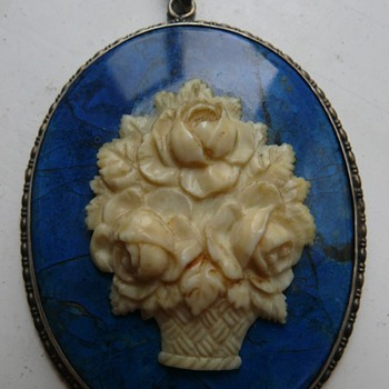 biedermeier pendant i guess - Fine Jewelry
