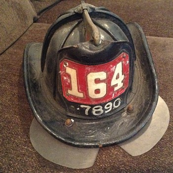VINTAGE LEATHER NY FIREMANS   HAT CARINIS - Firefighting