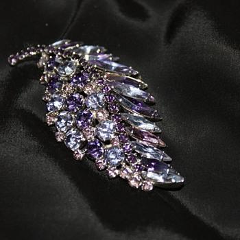 Vintage Sherman Brooch - Costume Jewelry