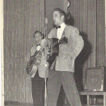 Elvis Presely Photo - Photographs