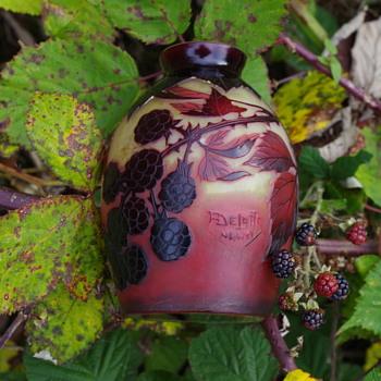 Delatte cameo glass vase Nancy France