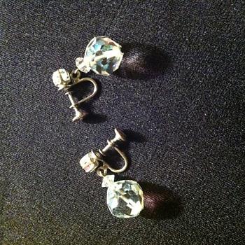 Laguna Marked Earrings - Costume Jewelry