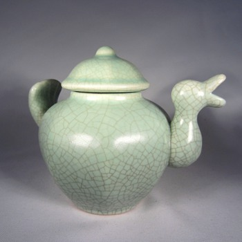 Chinese Duck Porcelain Tea Pot - Pottery