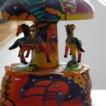 Musical Carousel - Animals