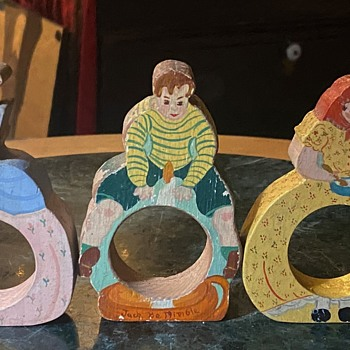 Napkin Rings Painted by Frances Paul? - Kitchen
